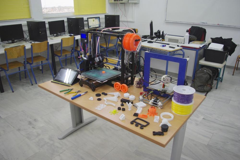 3D Printing Seminar Table